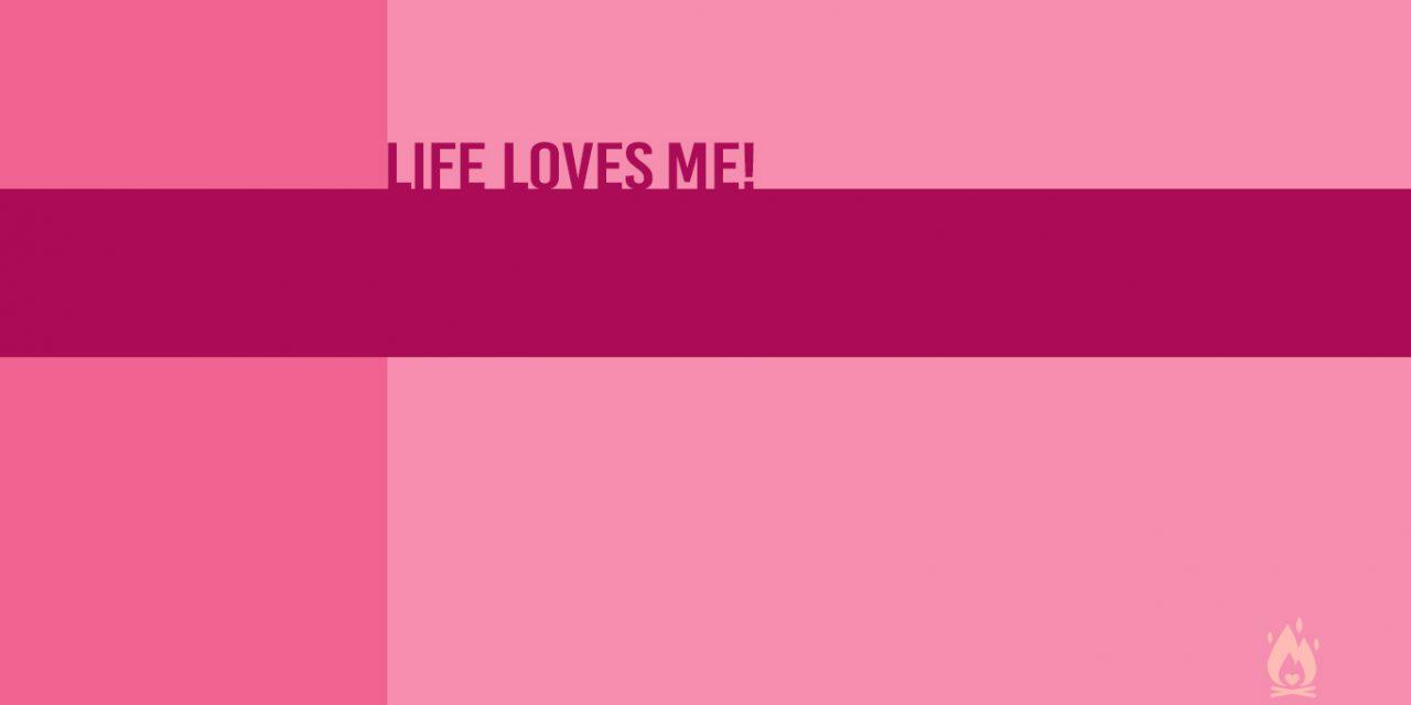 #WallpaperWednesday | Life loves me!